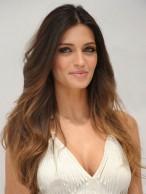 Perruque Belle Ondulée Lace Front Cheveux