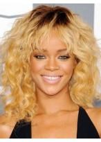 Perruque Ondulée Avec Frange Douce De Style Rihanna