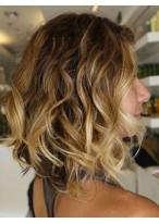 Perruque Cheveux Naturels Mi-Longue Lace Front Ondulée Chatoyante