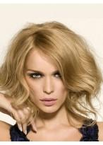 Perruque Jolie Ondulée Lace Front Cheveux Natureles